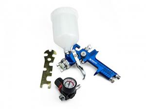 Pneumatikus festékszóró pisztoly nyomáskapcsolóval